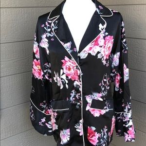 Honey Punch Floral Satin Top